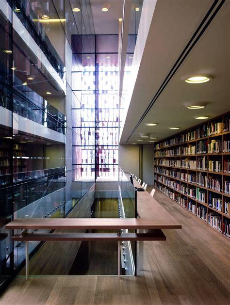 Libreria Universitaria Bergamo by Bergamocult