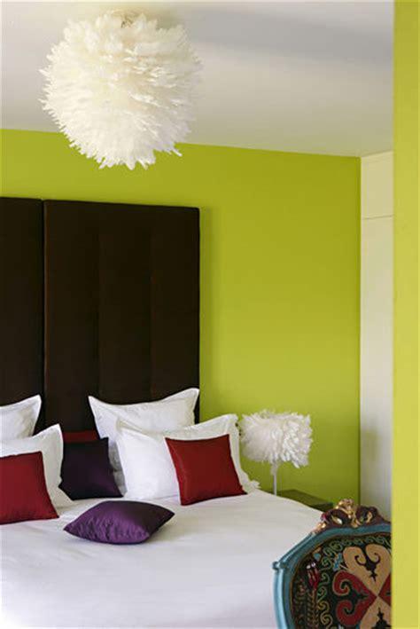 chambre mur vert décoration chambre mur vert exemples d 39 aménagements