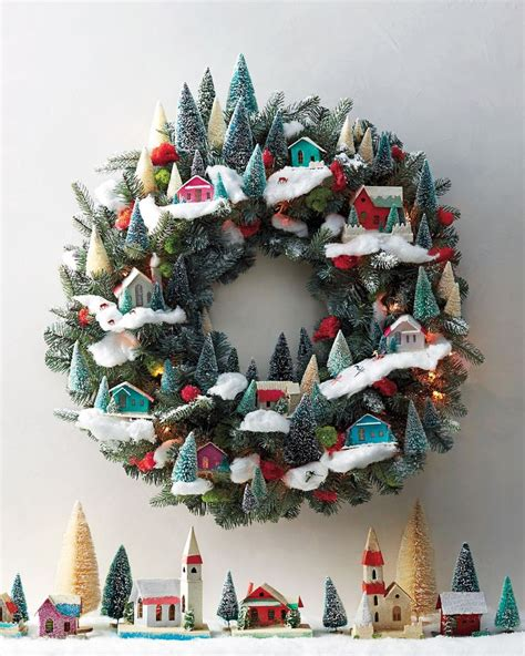 plain wreaths for decorating best 25 martha stewart paint ideas on pinterest martha stewart crafts martha stewart