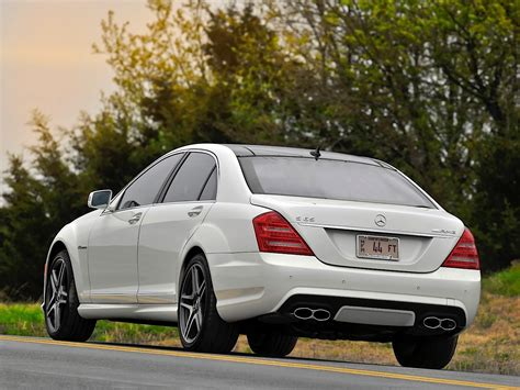 When the s63 amg was introduced, it was aimed directly at those who preferred to sit behind the wheel. MERCEDES BENZ S 65 AMG (W221) specs & photos - 2009, 2010, 2011, 2012, 2013 - autoevolution