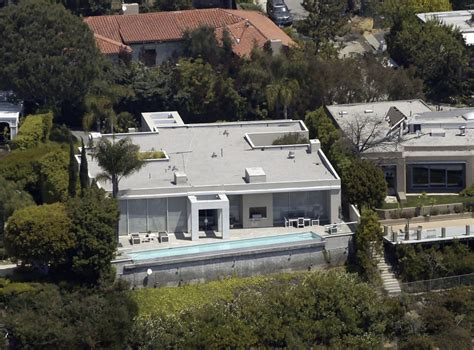 brittany murphy house address keanu reeves home hollywood hills celebrity homes lonny