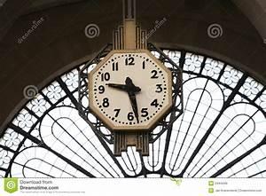 Horloge De Gare : horloge de gare images libres de droits image 2444449 ~ Teatrodelosmanantiales.com Idées de Décoration