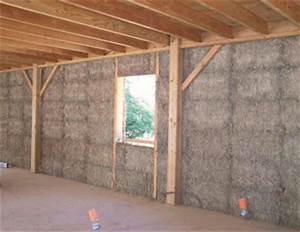ecomateriaux la construction en paille maconnerie With maison bois et paille 4 poteaux poutres et paille