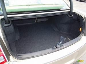 2007 Chrysler 300 Trunk Release