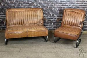 Seats Sofas : vintage style leather sofa 1950s inspired two ~ Eleganceandgraceweddings.com Haus und Dekorationen