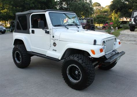 white jeep sahara lifted 17 best images about trucks on pinterest 2006 jeep