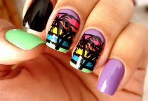 Summer nail trend pretty arts for beach landscape