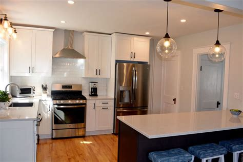 what are popular colors for kitchens portland maine home decorator design kitchen island 9613