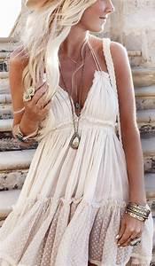 Robe Longue Style Boheme : comment portet la robe hippie chic ~ Dallasstarsshop.com Idées de Décoration