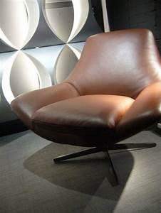 Fauteuil Pivotant Design : fauteuil cuir pleine fleur pivotant design soldes allen ~ Teatrodelosmanantiales.com Idées de Décoration