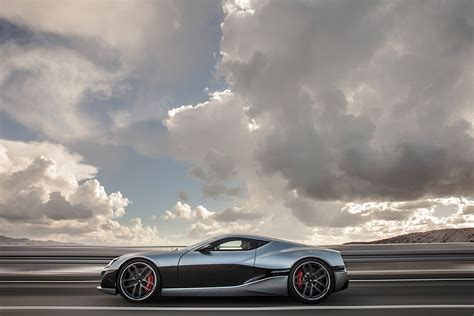 The vehicles offered by bugatti are for those who enjoy the finer tastes in life. Another Electric Bugatti Killer Shows Its Forms for the ...