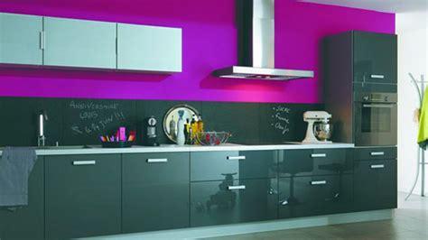 cuisine couleur violet deco cuisine noir et violet