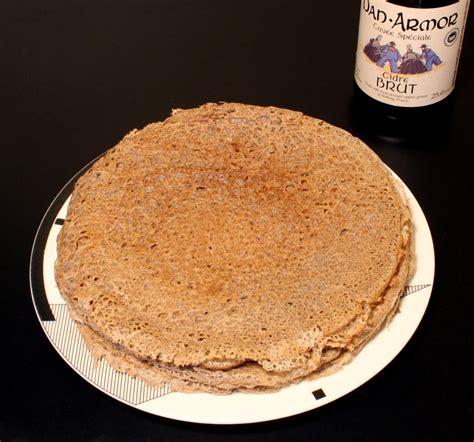 p 226 te pour galettes de bl 233 noir buckwheat pancakes batter galettes magali s healthier kitchen