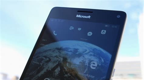 lumia 950 vs hp elite x3 a battle of specs and features