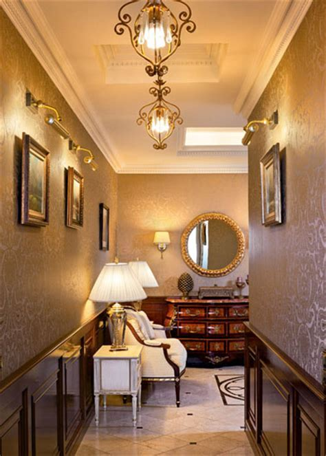 Modern Room Decor, Traditional Home Decorating Style