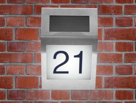 hausnummer edelstahl beleuchtet edelstahl led hausnummer beleuchtet mit solar hausnummerleuchte solarle ebay