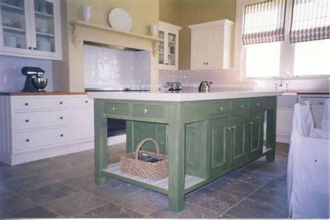 hanging kitchen cabinets images what kinds of kitchen cabinets can i paint hipages au 4137
