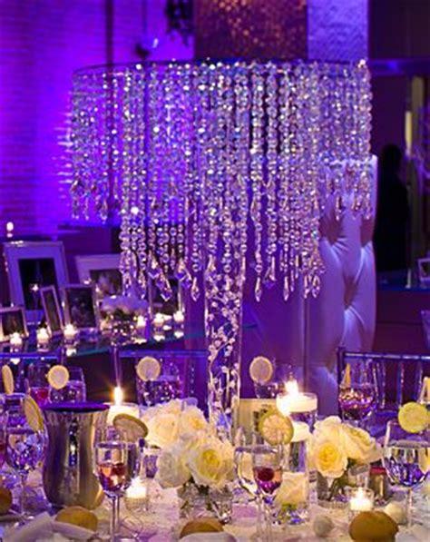 chandelier centerpiece wedding 25 best chandelier centerpiece ideas on