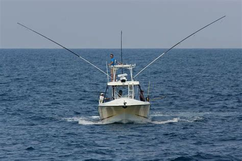 Small Fishing Boats Cabela S by 25 Best Ideas About Small Fishing Boats On