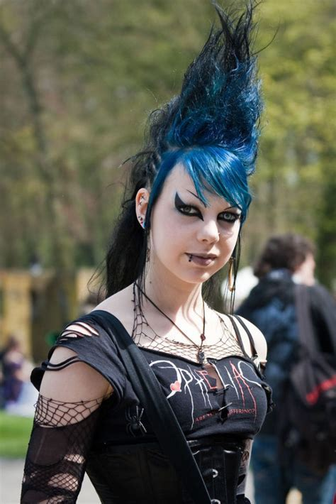 Hot Goth Chicks Rule (49 pics)   Izismile.com