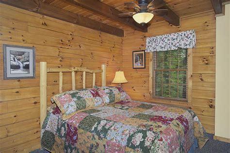 hummingbird hill cabins bluebird cabin 2 bedroom cabin hummingbird hill cabins