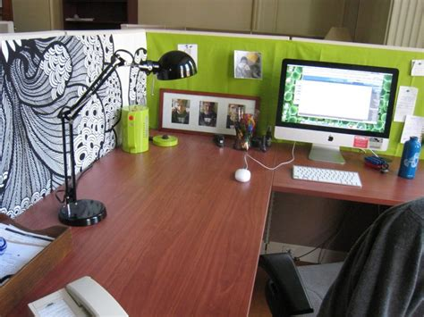 bureau decor is your office cubicle boring decor ideas