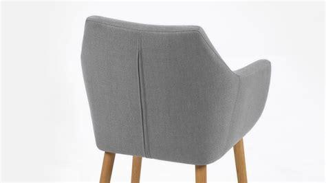 stuhl esszimmer design stuhl nora armlehnstuhl sessel in vintage stoff hell grau eiche