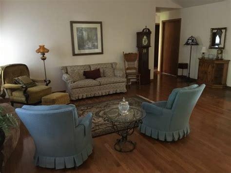 woodlawn dr manitowoc wi  pasttimes estate sales