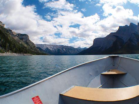 Lake Boats Rental by Lake Minnewanka Boat Rentals Lake Minnewanka Cruise