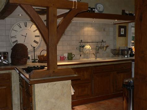 comment moderniser une cuisine en chene meuble cuisine rustique cuisine rustique couleur blanche