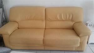repeindre mon canape en cuir jaune clair sofolk With repeindre un canapé en cuir