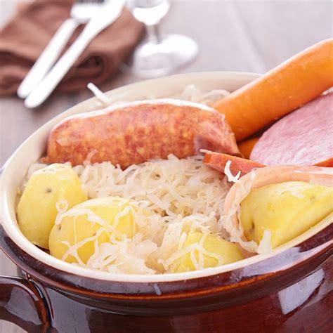 recette cuisine traditionnelle recette choucroute traditionnelle alsacienne