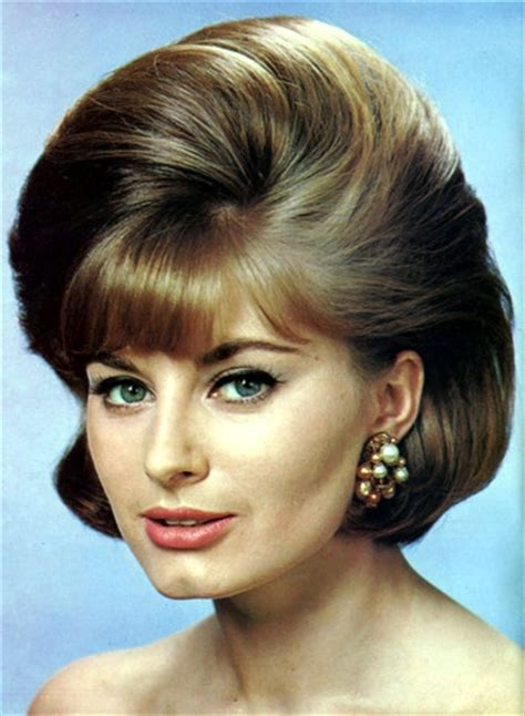 Woman's Own Hair Styles Spr 1964 (4)   Bouffant Hairstyles
