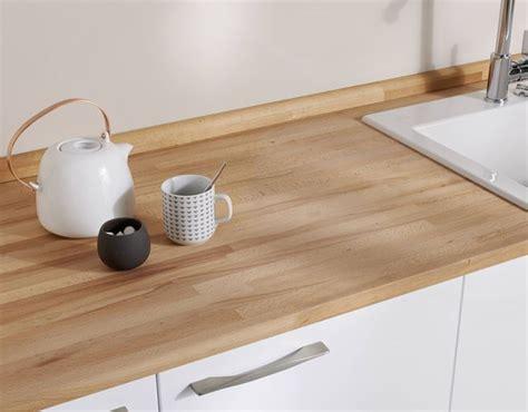 revetement adhesif plan de travail cuisine plan de travail en bois choix et entretien c 244 t 233 maison