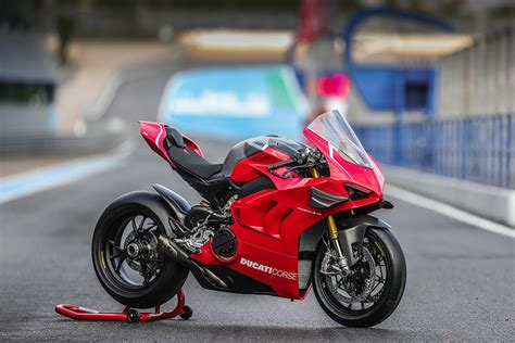 Ducati Panigale V4r by 2019 Panigale V4r The Details Mototainment Ducati