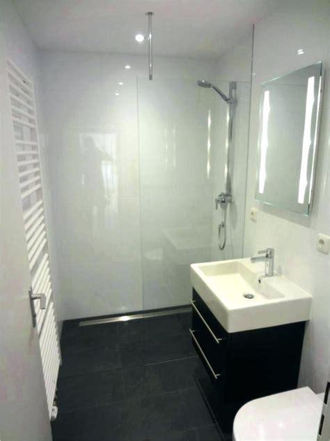 Kleines Bad Neu Renovieren by Bad Einrichten Kosten Die Badezimmer 3d With Regard To