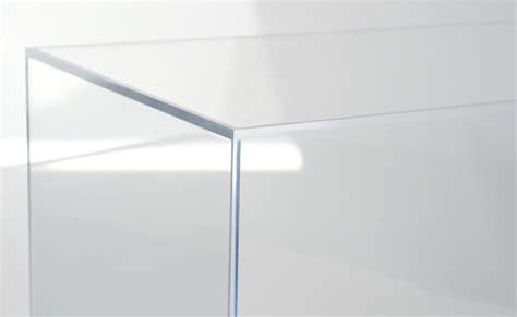 cloche et vitrine plexiglas sur mesure haut de gamme lacrylic