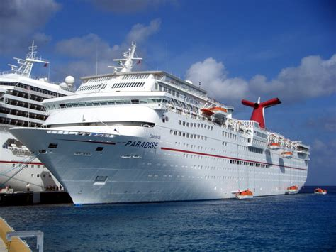 Carnival Paradise Cruise Ship Sinking by Cruising On The Carnival Paradise Hello Mexico Lyle S