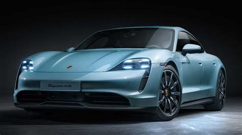 porsche taycan  revealed offers  battery sizes