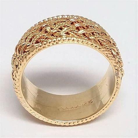 mens yellow gold braided rope trim wedding band