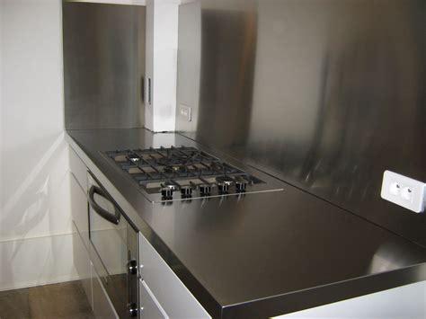 plan de travail cuisine inox pas cher plan de travail inox cuisine cuisine avec mur du0027inox