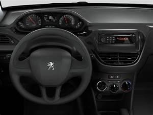 Prise Jack 207 : autoradio wip sound d 39 entr e de gamme peugeot 208 equipements embarqu s audio hi fi et ~ Medecine-chirurgie-esthetiques.com Avis de Voitures
