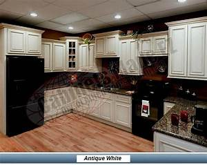 Antique White Cabinets With Black Appliances Love This Color Of Granite To Tie It All In