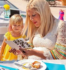Tori Spelling and Stella | Famous Moms and Daughters | Us ...