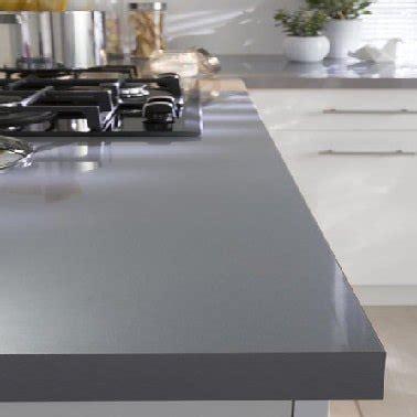 plan de travail cuisine gris clair un plan de travail stratifi gris brillant chez castorama