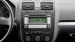 Golf 5 2006 Radio : tune in to see how the vw golf 39 s radio has evolved over ~ Kayakingforconservation.com Haus und Dekorationen
