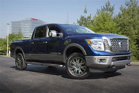 2017 Nissan Titan Xd Review by 2017 Nissan Titan Xd New Car Review Autotrader