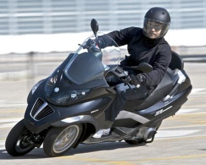 Modification Yamaha Niken by Piaggio Mp3 300 Best Photos And Information Of Modification