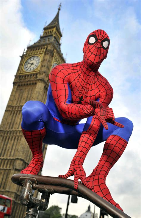Spot SpiderMan in London and Win a Trip to NYC Geek