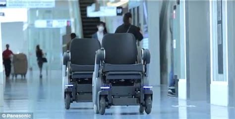 Panasonic Chairs Vancouver by Panasonic Testing Self Driving Wheelchairs In Airport